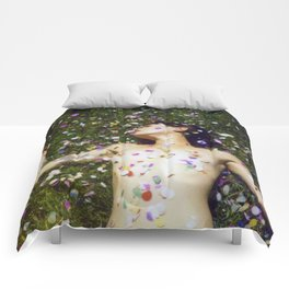 Day Trippin Comforters