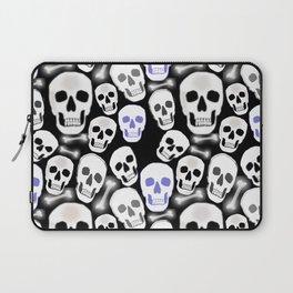 Small Tiled Skull Pattern Laptop Sleeve