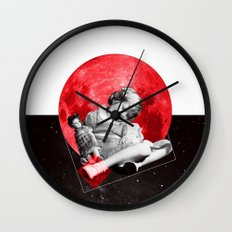 Sommeil Divin Wall Clock