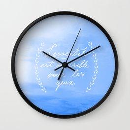 L'essentiel Wall Clock