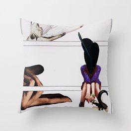 O Décimo Oitavo Aniversário de Li Bélula Throw Pillow