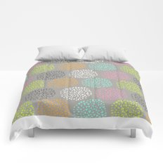 Flowers-triangles Comforters