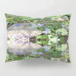 Green Reflected Pillow Sham