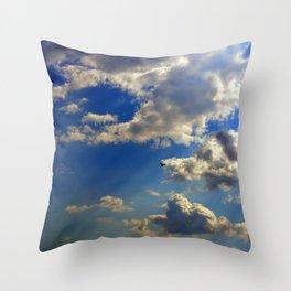 crepuscular rays Throw Pillow