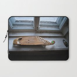 A Karelian 10-string Kantele Laptop Sleeve