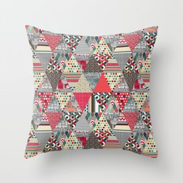 London triangle quilt Throw Pillow