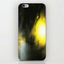 tremor I iPhone Skin
