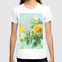 Yellow Safflower (Carthamus Tinctorius Yellow)  T-shirt