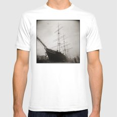 { equilibrium } Mens Fitted Tee White MEDIUM