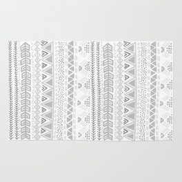 Grey aztec pattern Rug