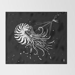 Nautilus Dominus Throw Blanket