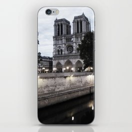 the hunchback of notre dame - seine iPhone Skin