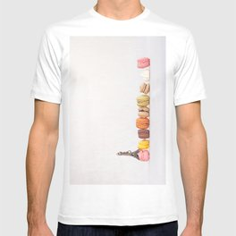 Paris, macarons and the eiffel tower T-shirt