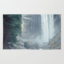 Mist Falls in Yosemite National Park Rug