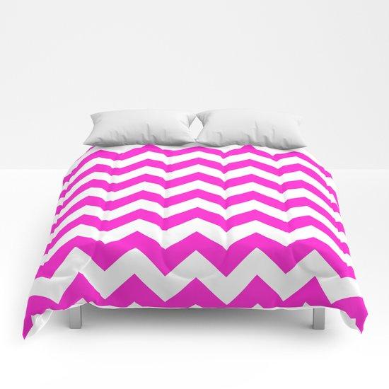 Chevron (Hot Magenta/White) Comforters