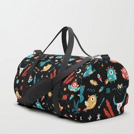 Strange Bird Pattern Duffle Bag