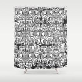 Elefante Grigio Shower Curtain