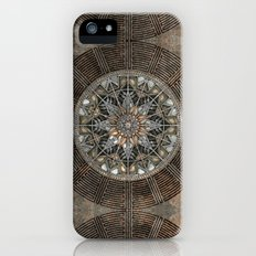 Sun Pendant iPhone (5, 5s) Slim Case