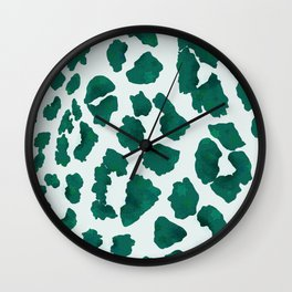 Emerald Chameleo-Pardus Leopard Print Inspired Pattern Wall Clock