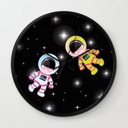 kokeshis espace Wall Clock