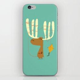 A moose ing iPhone Skin