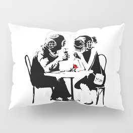Banksy Diving in Love, Deep Divers Loving Artwork, for Wall Art, Prints, Posters, Tshirts, Men, Wome Pillow Sham