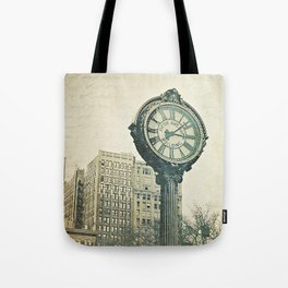 Fifth Avenue time Tote Bag
