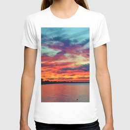 Sunset on Lake St. Clair in Belle River, Ontario T-shirt