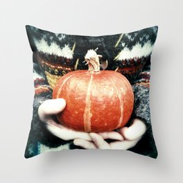 cozy things Throw Pillow