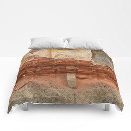 Broken old Wall Comforters