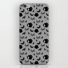 Pattern with a croissant, apples, strawberries and flowers. Black and white. iPhone Skin