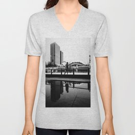 Chicago Bean/ Ice Rink Unisex V-Neck