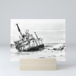 shipwreck aqrebw Mini Art Print
