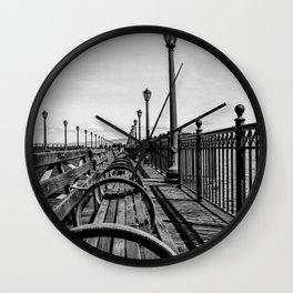 Convergent Wall Clock