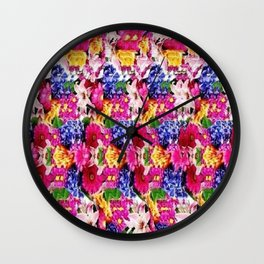 Ladies in Birthday Suit Stereogram 2 Wall Clock