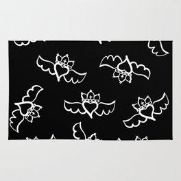 Love is king / white-on-black pattern design Rug