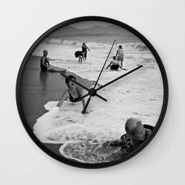 Bathing Woman in Vietnam - analog Wall Clock
