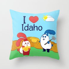 Ernest and Coraline   I love Idaho Throw Pillow