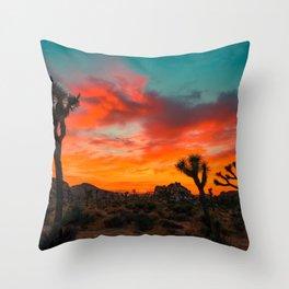 Joshua Tree Parc National Throw Pillow