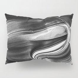 Ola Oscura Pillow Sham