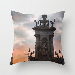 Plaza de Espanya morning glow Throw Pillow