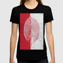 Natural Outlines - Leaf Red & White Marble #930 T-shirt