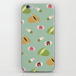 Japanese sweets (Green) iPhone Skin