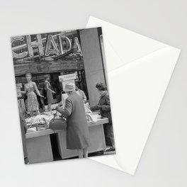 Textielwinkel Bouchara aan de Rue La Fayette heeft zijn waar buiten uitgestald, Bestanddeelnr 254 Stationery Cards