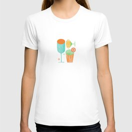 Pour & Drink (Blue) Kitchen or Bar Art T-shirt