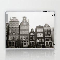 { teeny houses } Laptop & iPad Skin
