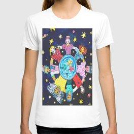 WOMEN MAKE THE WORLD GO ROUND T-shirt