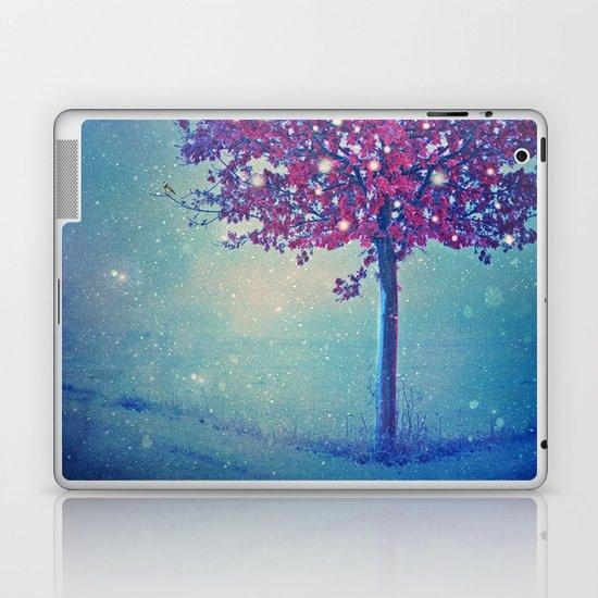 SONG OF THE WINTERBIRD Laptop & iPad Skin