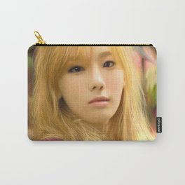 Korea's Mona Lisa Carry-All Pouch