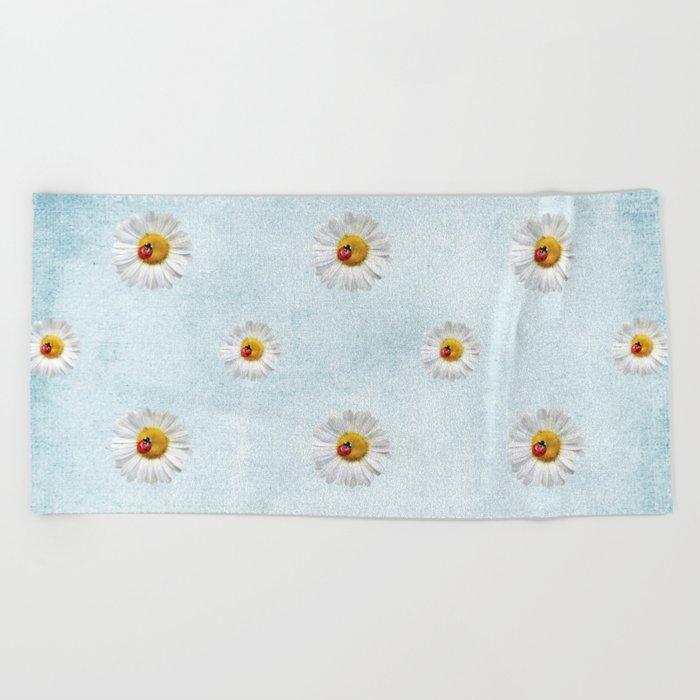 Daisies in love- blue pattern Beach Towel